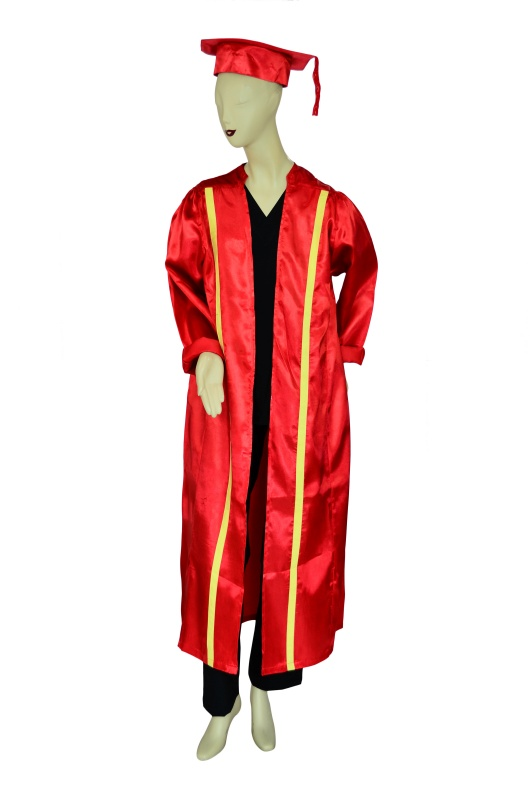 GradGown-01