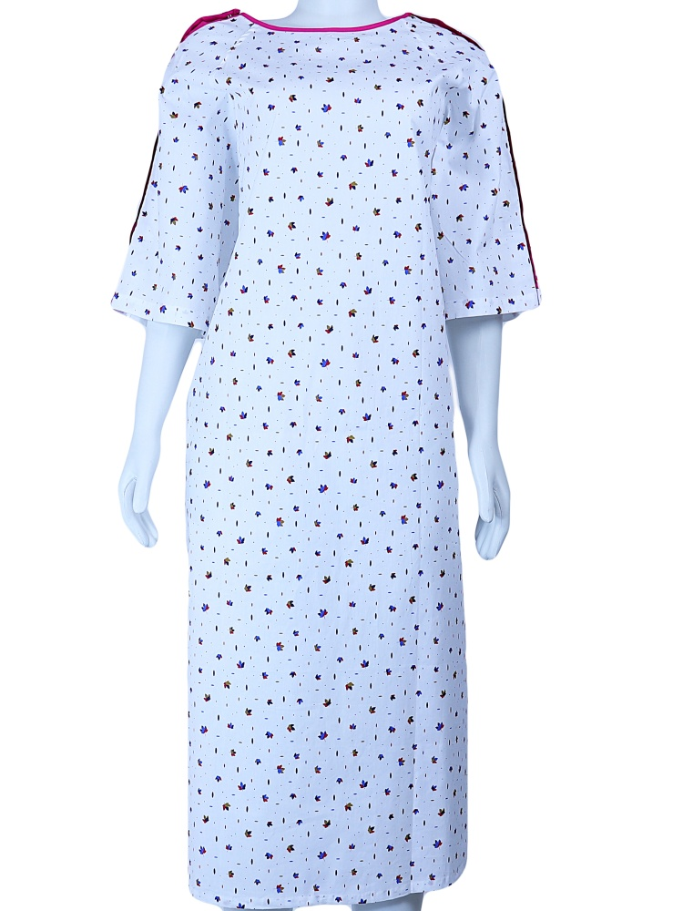 IV Gown-05