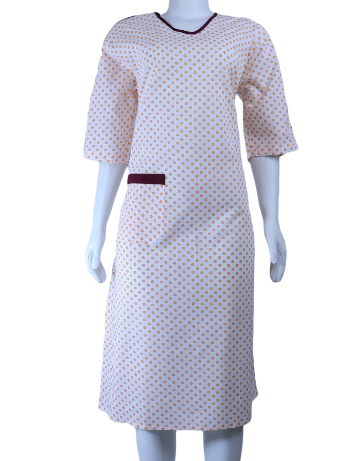 IV Gown-03