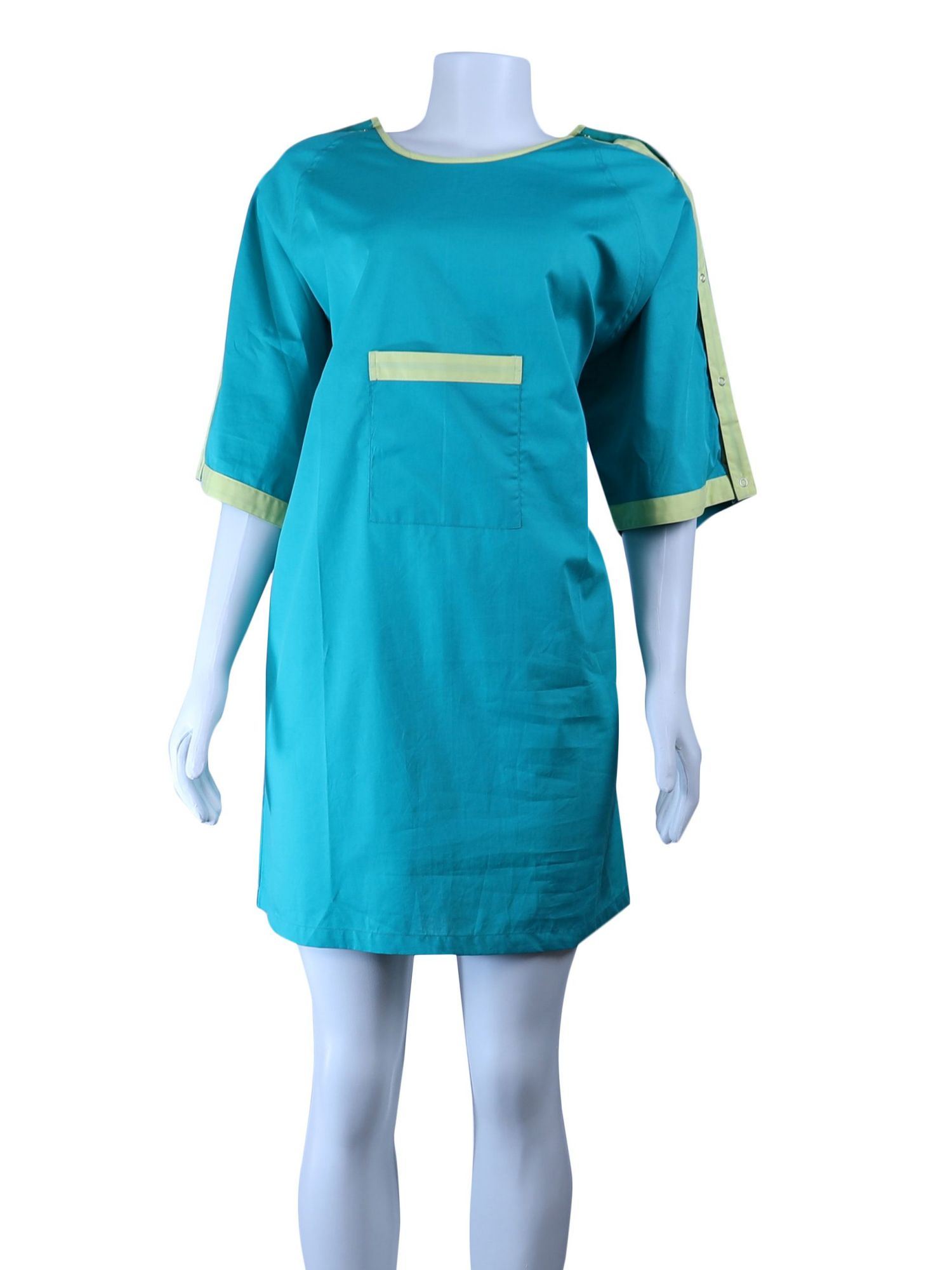 IV Gown-06