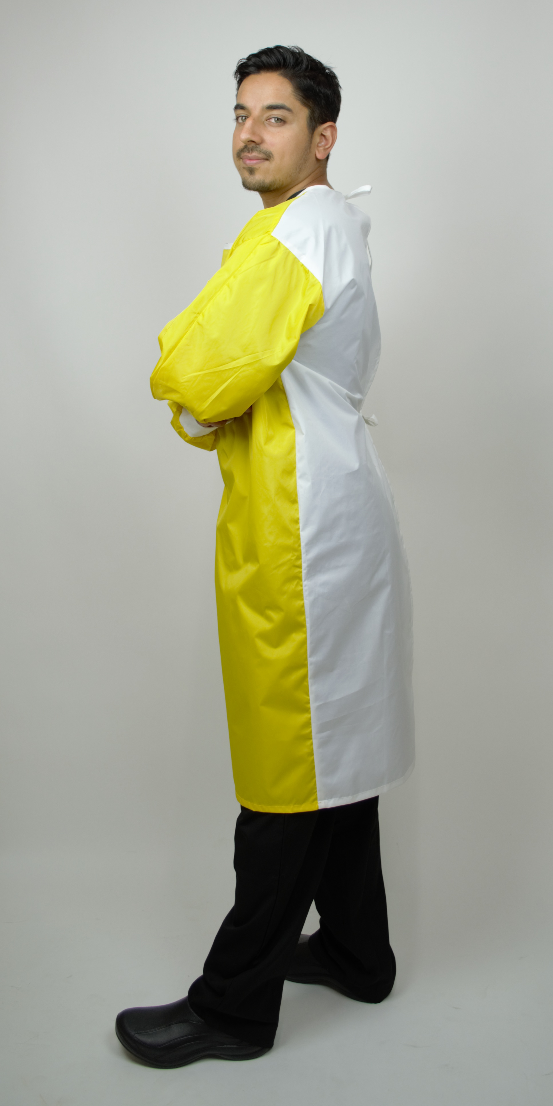 Protective Gown, Breathable 4